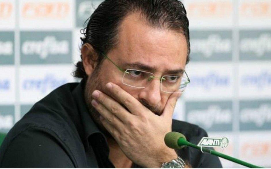 Diretor de futebol Alexandre Mattos é demitido do Palmeiras